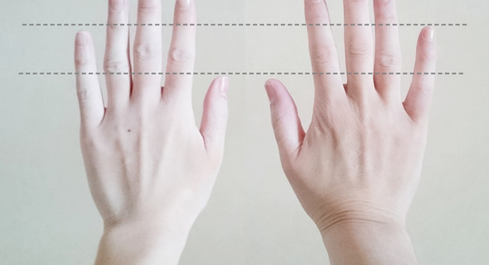 指を伸ばす方法_実際の親比較